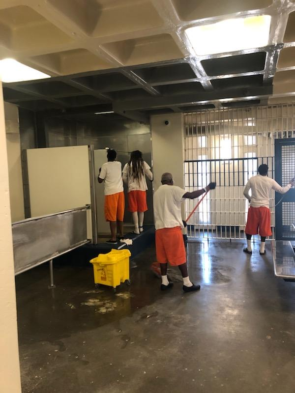 inmates cleaning 1